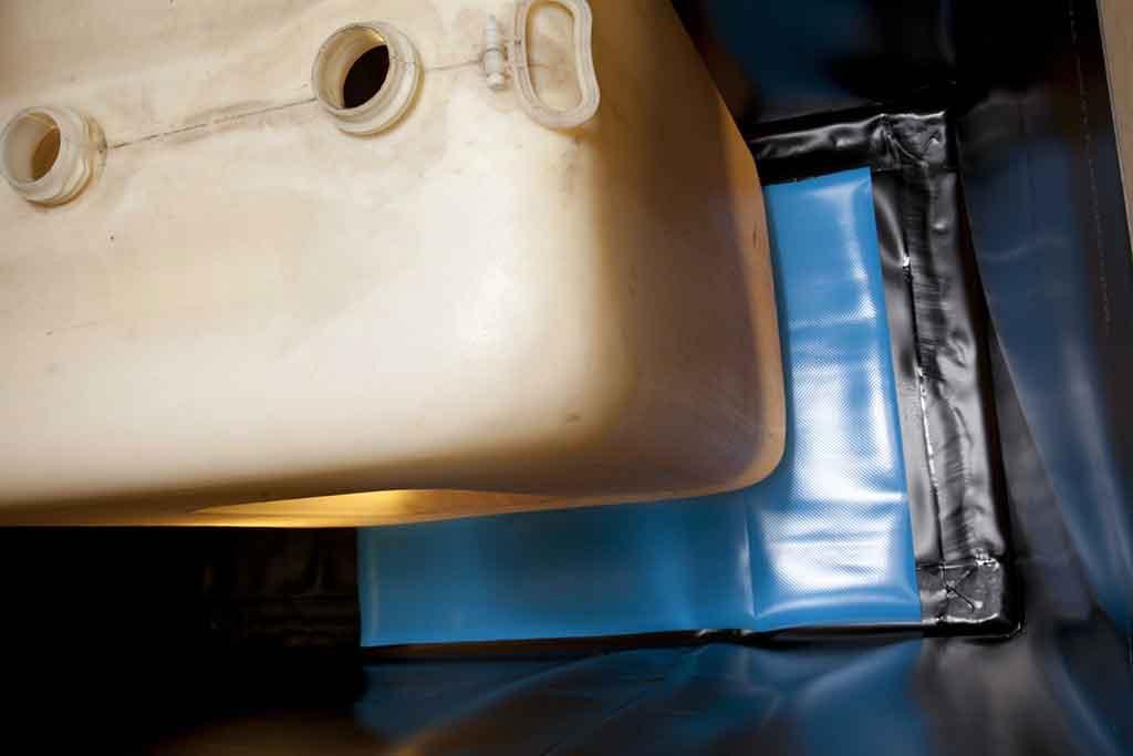 Bildergalerie Technische Folien für Tankraum bieten kostengünstige und dauerhafte Schutzsystem und Sicherheit für Tankanlagen